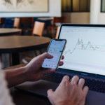 Wie das Internet Trading für Privatpersonen erschwinglich machte
